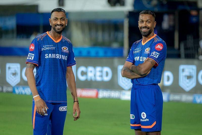 Krunal Pandya (L) and Hardik Pandya are a part of the Mumbai Indians team in IPL 2021 (Image Courtesy: IPLT20.com)