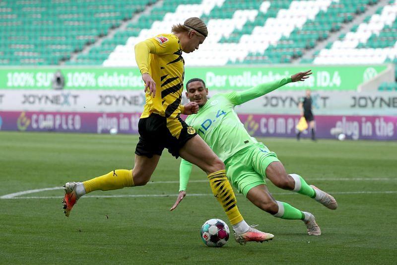 VfL Wolfsburg vs Borussia Dortmund - Bundesliga