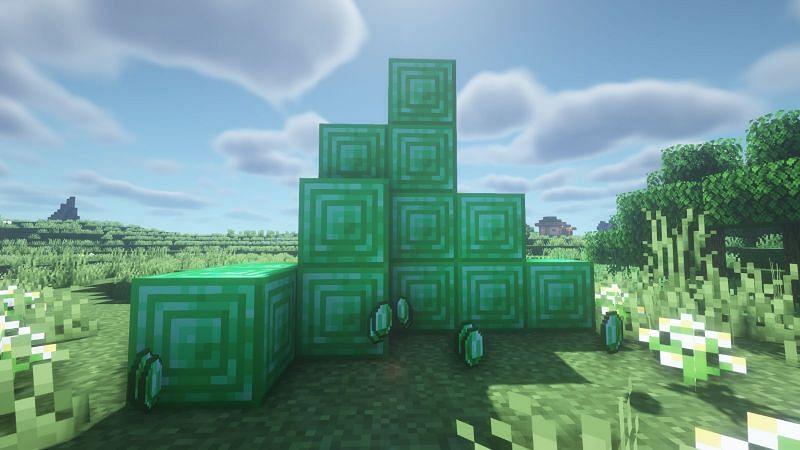 बहुत सारे पन्ना और पन्ना ब्लॉक (Minecraft के माध्यम से छवि)