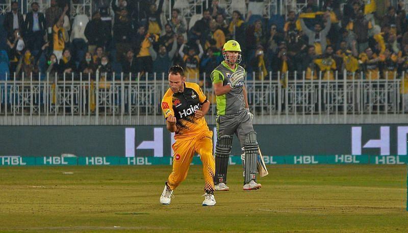 Peshawar Zalmi vs. Lahore Qalandars
