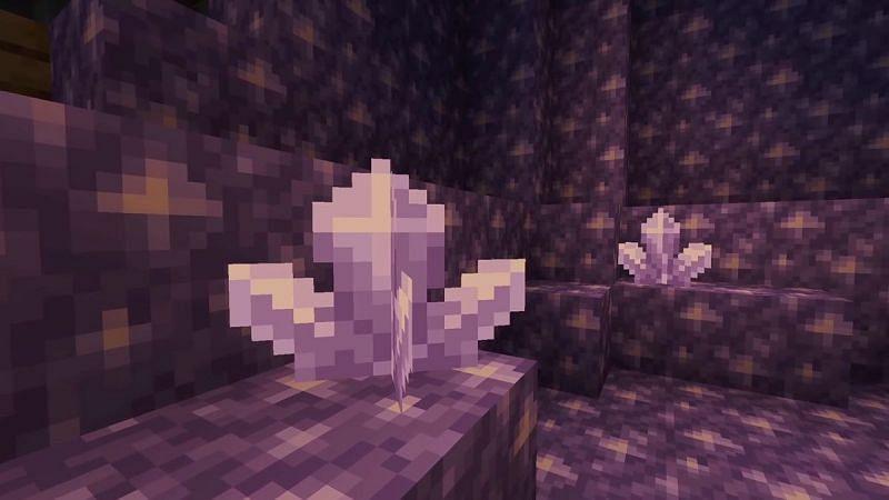 Amethyst geodes (Image via Gamepur)