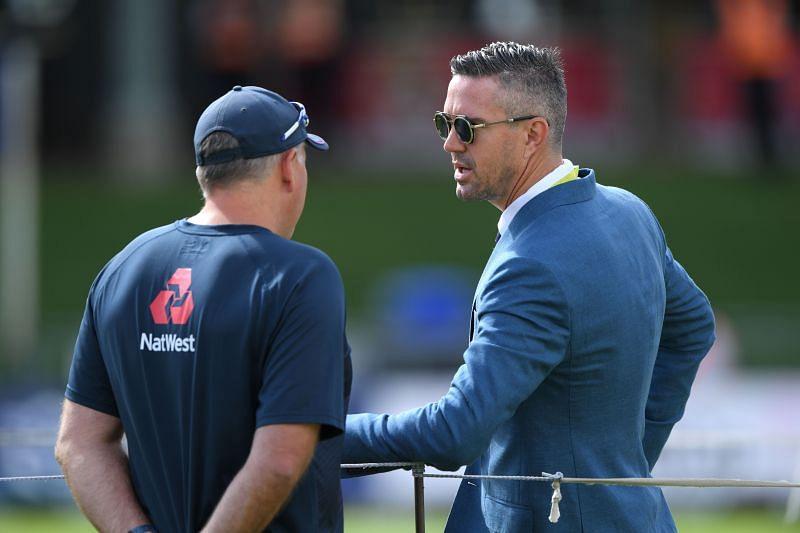 केविन पीटरसन ने इंग्लैंड के स्पिन गेंदबाजों पर निशाना साधा