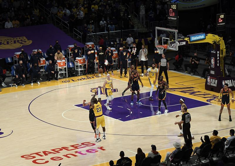 Golden State Warriors v LA Lakers - Play-In Tournament