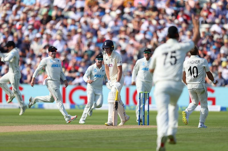 At the end of Day 3, England have a slender lead of 37 runs with just a wicket remaining