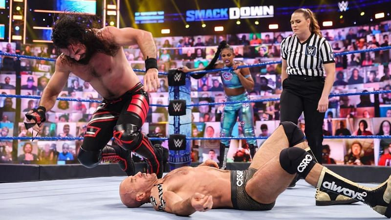 Seth Rollins wants a new challenge on WWE SmackDown
