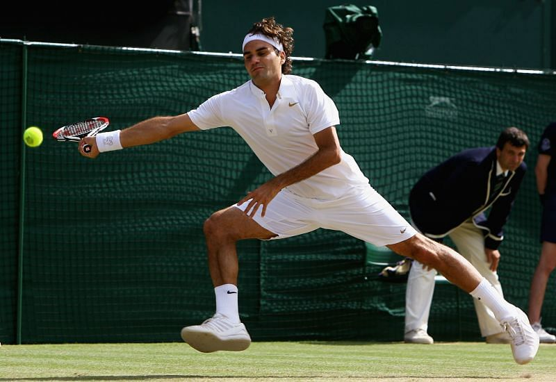 Roger Federer in action against Rafael Nadal at the 2008 Wimbledon final