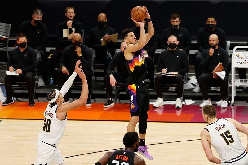 Devin Booker ukrepa proti Denver Nuggets v play-offu NBA 2021