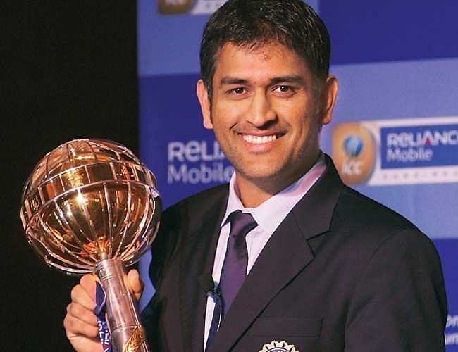 MS Dhoni with the ICC Test mace (Photo: ICC)
