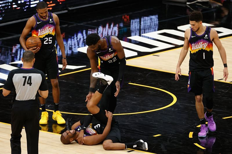 Chris Paul appeared to injure his shoulder again in game five against the LA Lakers