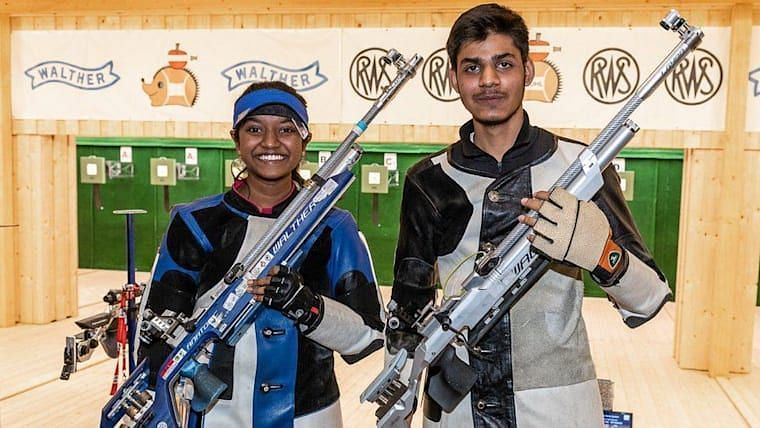 Divyansh Panwar and Elavenil Valarivan will have a shot at earning a medal in the mixed 10m Air Rifle event. (Source: Olympics)