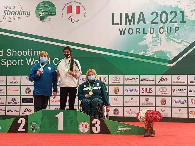 Rubina Francis winning gold