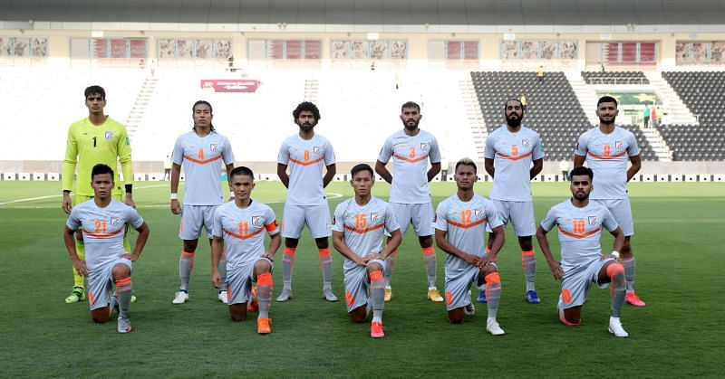 The Indian Football Team lines up before the Bangladesh game in the 2022 FIFA World Cup Qualifiers (Image Credits: Indian Football Team Twitter)