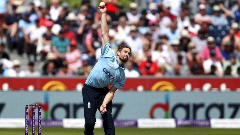 Sri Lanka's batters should figure out a way to get past England's deadly new ball attack.