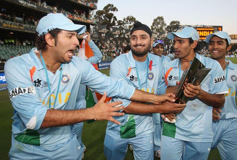 2007टी20 वर्ल्ड कप जीतने के बाद भारतीय टीम
