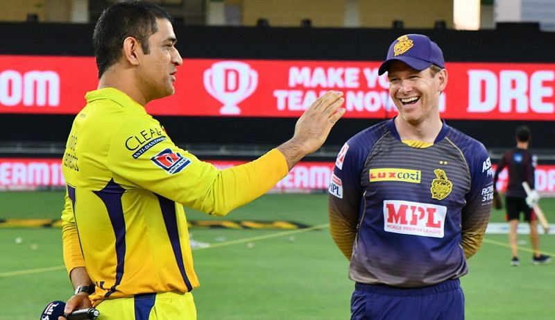 MS Dhoni (L) and Eoin Morgan