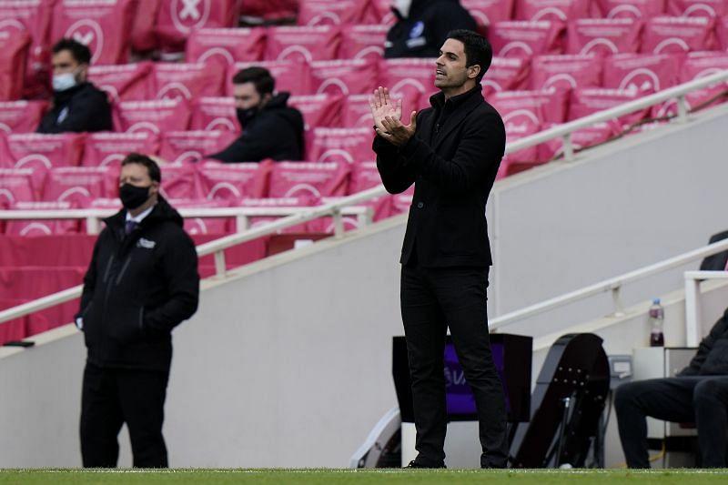 Arsenal manager Mikel Arteta reacts during a 2020-21 Premier League match