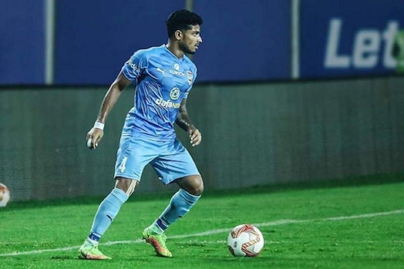 Amey Ranawade in action for Mumbai City FC (Photo Courtesy: News18)