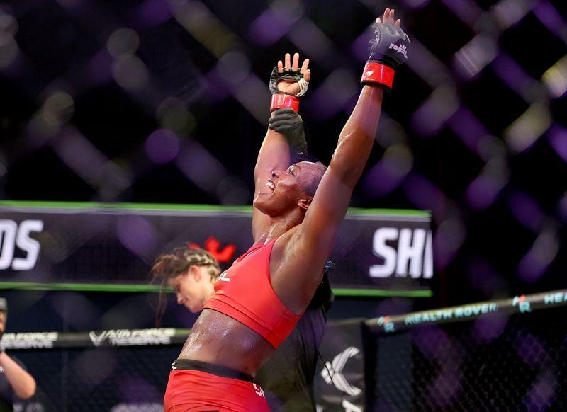Claressa Shields celebrates after her win over Brittney Elkin