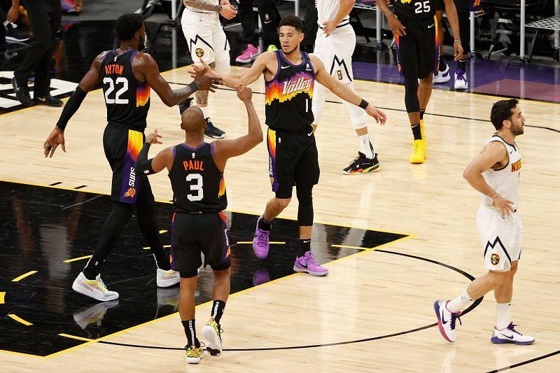Denver Nuggets v Phoenix Suns - Game One