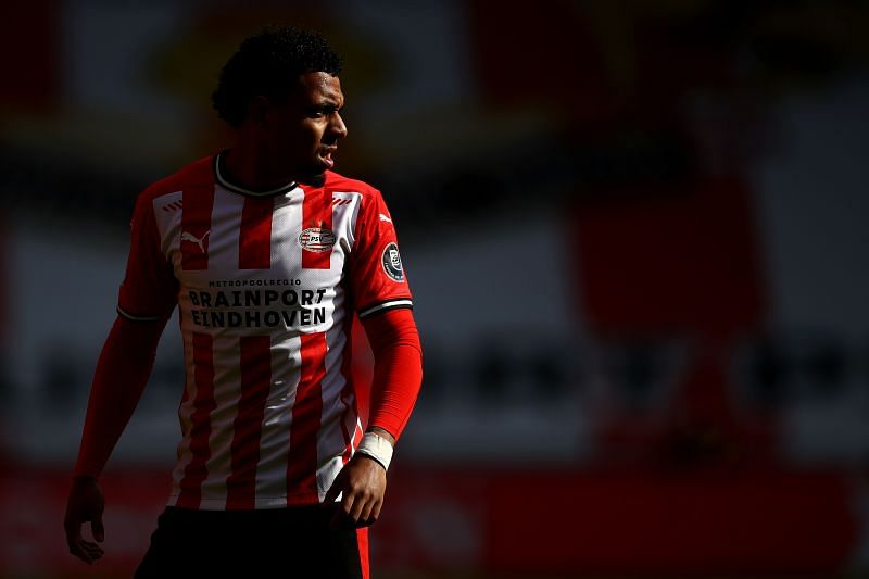 Donyell Malen looks on during an encounter between PSV Eindhoven and Feyenoord in the Eredivisie