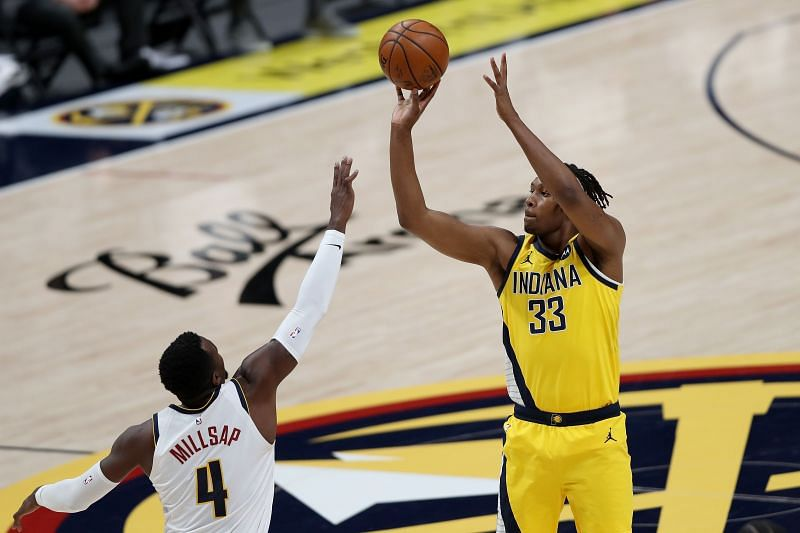 Myles Turner (#33) of the Indiana Pacers in action