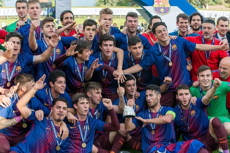 Mingueza winning the UEFA Youth League Final