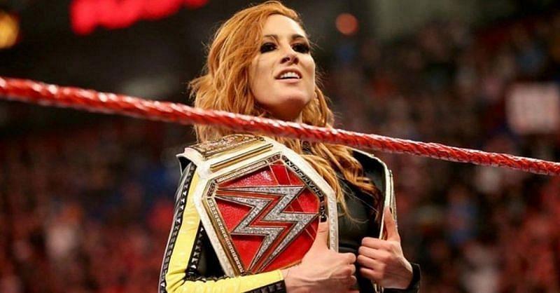 WWE में बैकी लिंच का जलवा कायम