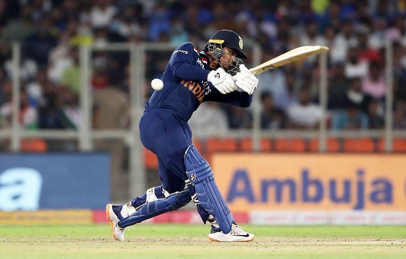 ईशान किशन ने अपने वनडे डेब्यू में पहली ही गेंद पर छक्का लगाया