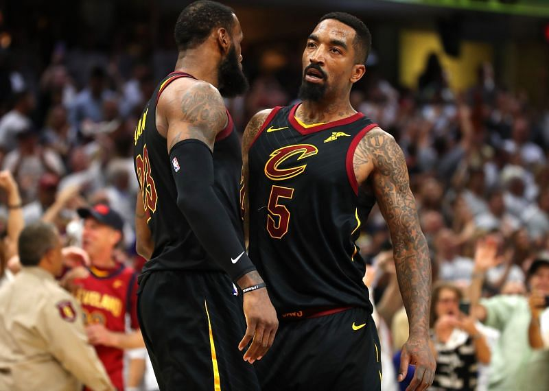 eBron James #23 and JR Smith #5 of the Cleveland Cavaliers in 2018.