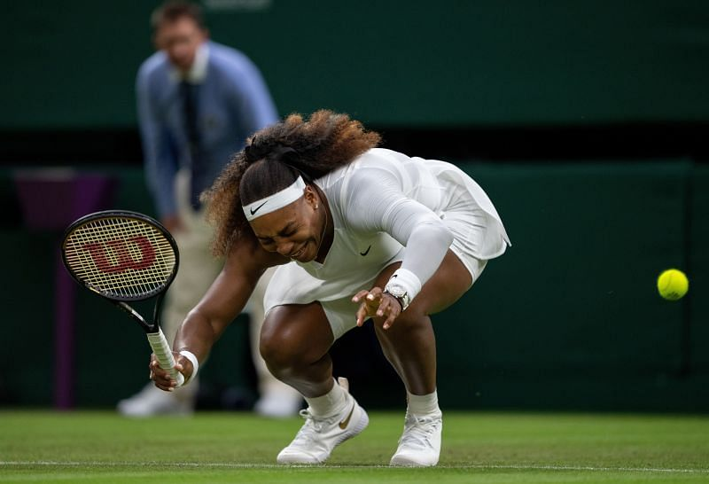 Serena Williams suffered a knee injury in her Wimbledon opener