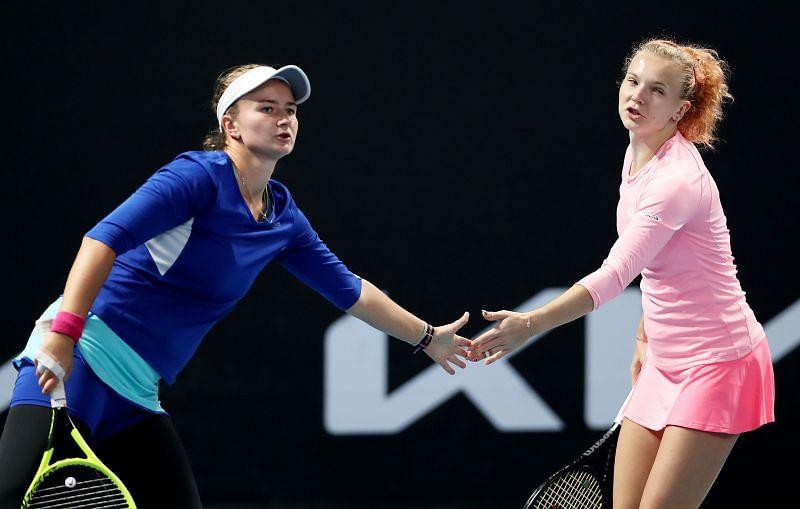 Barbora Krejcikova (L) and Katerina Siniakova are the top seeds.