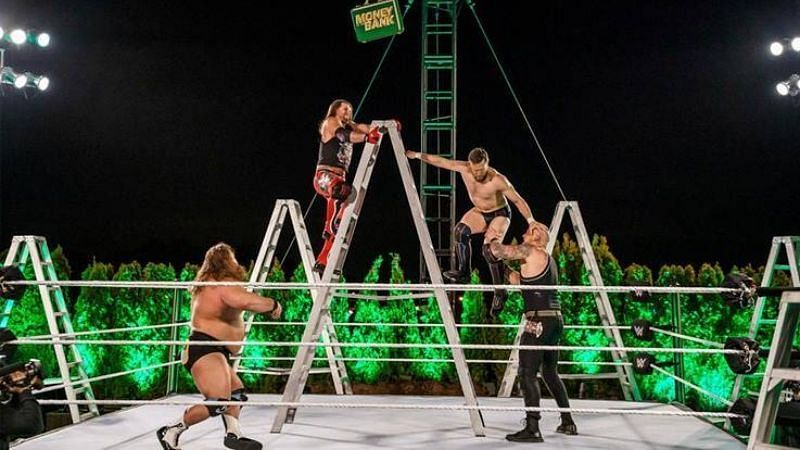 Money in the Bank लैडर मैच