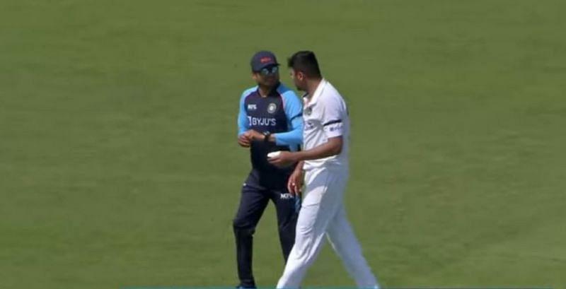 इंग्लैंड दौरे से बाहर हो सकते हैं आवेश खान, अभ्यास मैच के दौरान लगी चोट