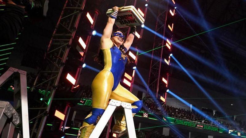 निकी एश ने जीता विमेंस Money in the Bank मैच