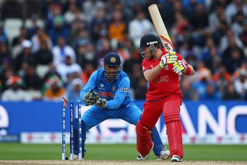 MS Dhoni stumps England's Ian Bell in the 2013 Champions Trophy final.