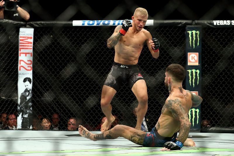 TJ Dillashaw beats Cody Garbrandt again