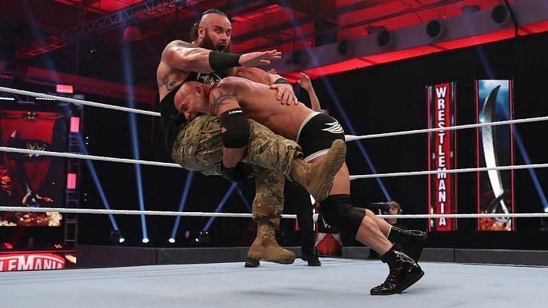 WWE WrestleMania 36 में गोल्डबर्ग और ब्रॉन स्ट्रोमैन का मुकाबला हुआ था