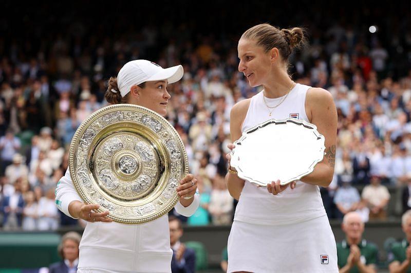 Ashleigh Barty (L) and Karolina Pliskova after the 2021 Wimbledon final