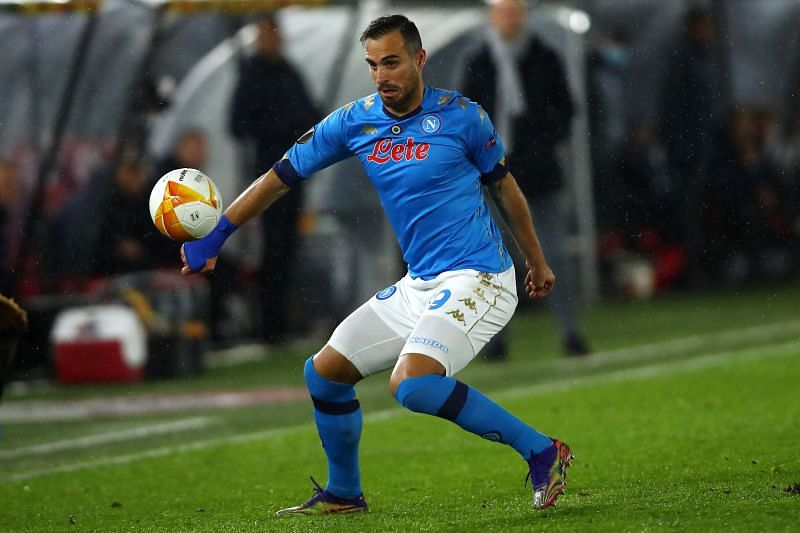 Maksimovic in action for Napoli in the 2020-21 UEFA Europa League