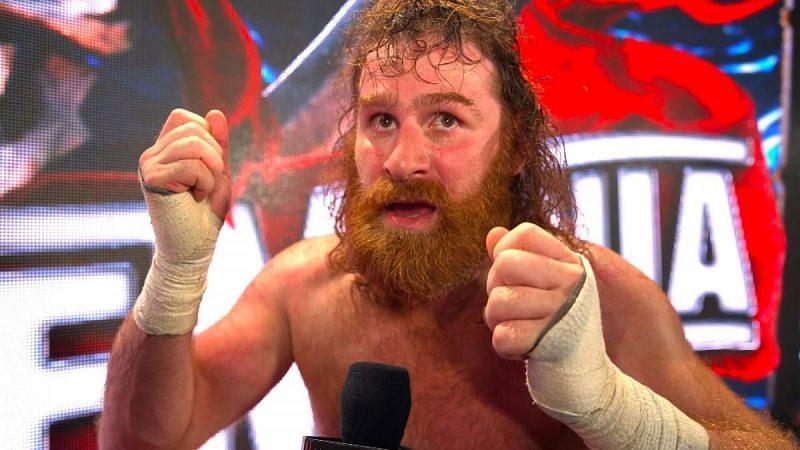 WWE सुपरस्टार सैमी जेन ने अपने मैच के दौरान हुए एक्शन के निशान दिखाए