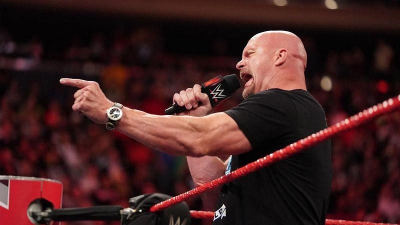 WWE सुपरस्टार्स जिनके साथ स्टोन कोल्ड स्टीव ऑस्टिन ने मैच नहीं लड़ा है