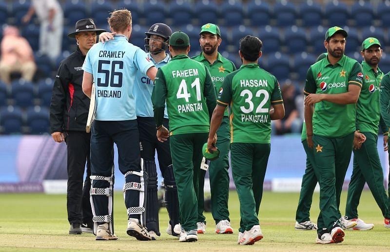 पाकिस्तान को पहले वनडे में बुरी तरह हार का सामना करना पड़ा