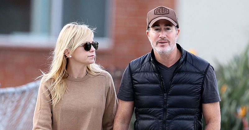 Anna Faris and Michael Barrett were recently revealed to be married (Image via Life & Style)