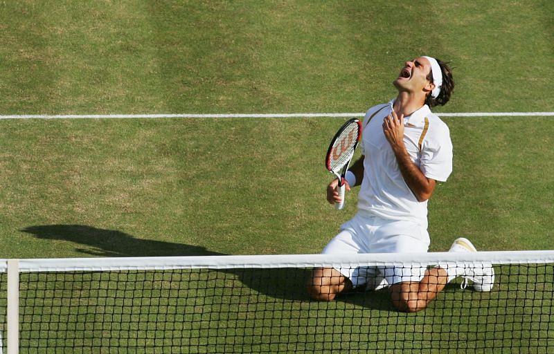 Federer's outfit and racket from the 2007 Wimbledon final attracted one of the biggest bids.