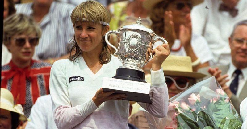 Chris Evert won her 18th Grand Slam title at 1986 Roland Garros.