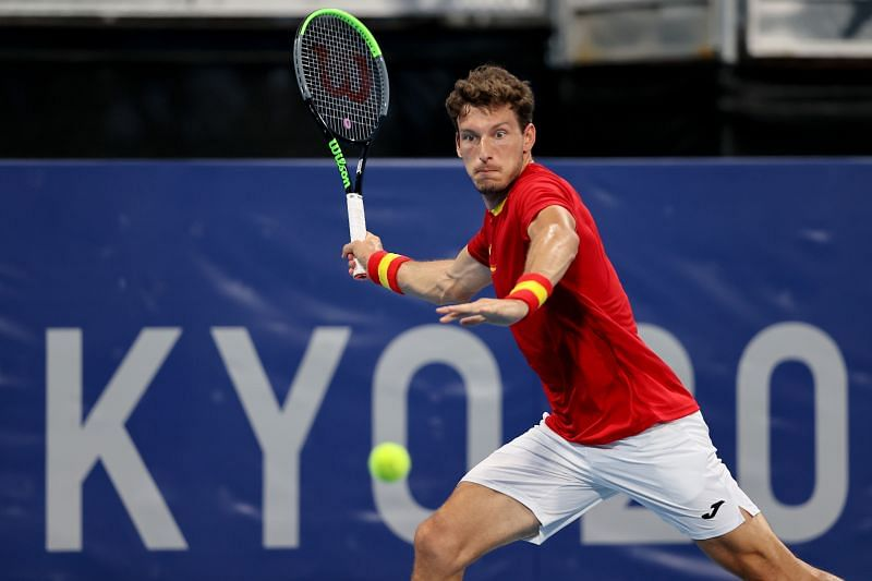 Pablo Carreno Busta has won his only match against Daniil Medvedev on an outdoor hard court