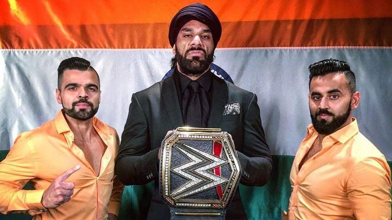 WWE सुपरस्टार जिंदर महल और पूर्व WWE सुपरस्टार्स द सिंह ब्रदर्स