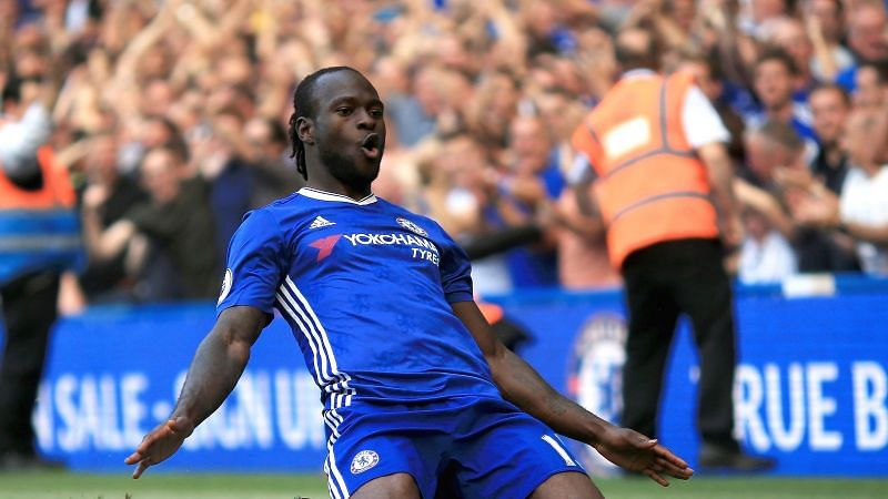 Victor Moses celebrates a goal for Chelsea in their last title-winning campaign
