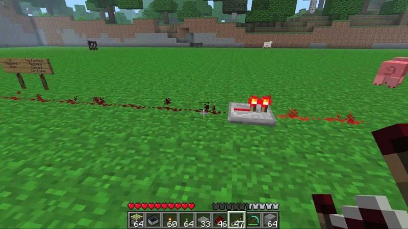 A redstone repeater extending the redstone signal (Image via Gamehngry on YouTube)