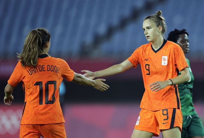 Miedema and Van de Donk dismantled Zambia